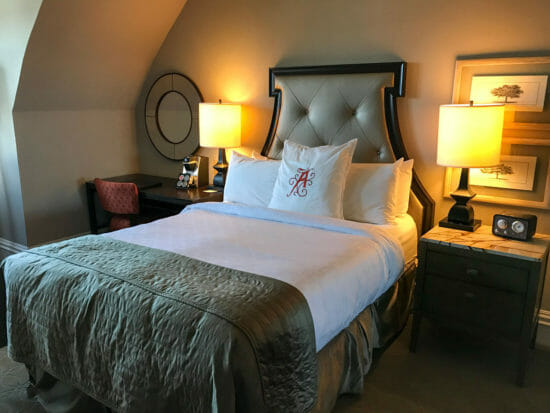 Algonquin Resort Guest Room