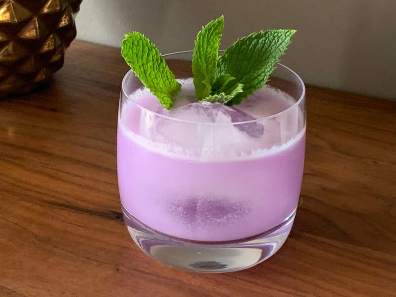 Coco-Violette Cocktail